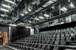 Sitzplätze Studiobühne  40 x 60  ( 40 M Pixel)