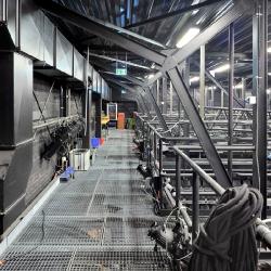 Laufgang Studiobühne   60 x 60 cm    ( 80 M Pixel)